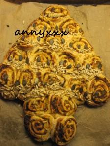 Tannenbaum Brot  (11)