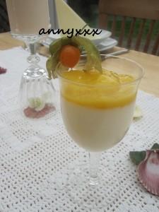 Vanille Creme mit Mango  (1)